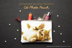 Handmade Holiday Presents: DIY Cat Photo Pouch @ mintedstrawberry.blogspot.com #christmas