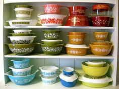 rainbow #pyrex  Would love to have this collection!