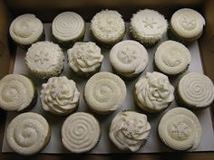 different frosting techniques