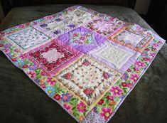 hankerchief idea, sew, handkerchief quilts, vintag hanki, hanki quilt, doili quilt, handkerchiefs, craft ideasdiyproject, vintage hankies quilt