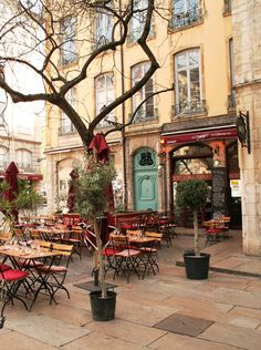Outdoor French Cafe