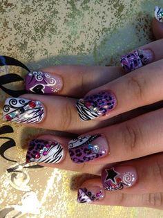 Crazy animal print nails