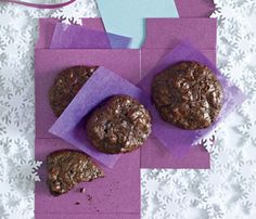 Holiday Dessert Recipes: Flourless Chocolate-Walnut Cookies. This signature treat from pastry chef François Payard delivers a delicious dose of heart-healthy fat and antioxidants, courtesy of the nuts and cocoa. #SelfMagazine