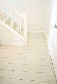 wide plank plywood farmhouse floors