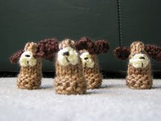 This free knitting pattern is perfect for little ones.  Knit your own puppy fingerpuppets courtesy of this design from Chris Knits in Niagara.