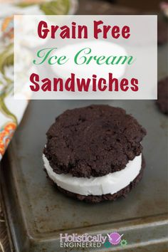 Paleo Ice Cream Sandwiches #paleo #lowcarb #grainfree