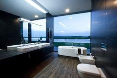 Lake View Bath