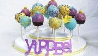 The Popztee Cake Pop Stand
