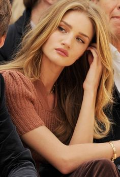 Rosie rosie huntington whiteley, natural makeup, hair colors, messy hair, rosi huntingtonwhiteley, beauti, makeup looks, hair looks, natural looks