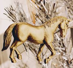 Gold Painted Horse O