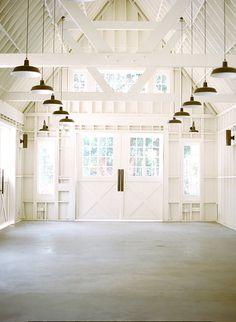 Southern California wedding venue | Lombardi House | Photo by Diana Marie Photo | 100 Layer Cake #weddingvenue #barn