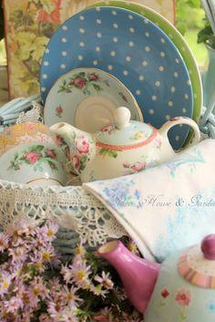 tea themed gift basket@romilee1 @Marlene Hendricks