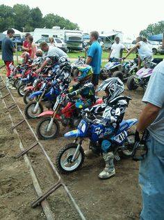 Dirt bike racing Yamaha 50 cc. My sons soon to be birthday present