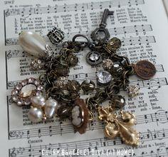 fleurd charm, charm bracelets