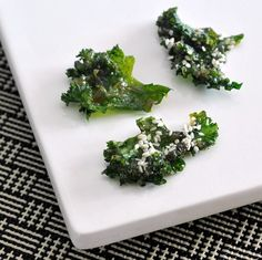 miso and sesame kale chips via @spabettie