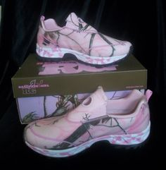 *these I have!!  NWT Womens Realtree Girl Lynx Slip On Shoes Camo Pink Sneaker Trail Mambas #RealtreeGirl #HikingTrail