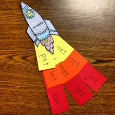 Et word family Rocket for kindergarten