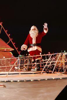 Lake Charles Light Up the Lake Events! Christmas Lighting Festival - #cajun #christmas