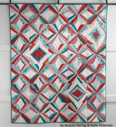 For anyone that's a fan of modern quilts, we bring you this beauty. Free!