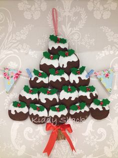 Christmas pudding wall hanging by Kiddy Shack.