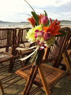 rustic tropical wedding flowers