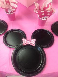 Minnie Mouse Birthday Party place settings!  See more party ideas at CatchMyParty.com!