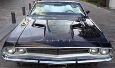 #Dodge #Challenger R/T V8 383 Magnum - Convertible. Único. http://www.arcar.org/dodge-challenger-rt-383-cabrio-73039