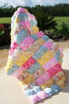 diy quilt, sew, idea, craft, diy puff quilt, puff quilt diy, quilts, biscuit quilt, quilt tutorials