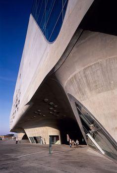 Phaeno Science Center, designed by Zaha Hadid (2005) - Wolfsburg (Germany)