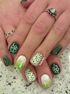 St Patrick's Day nail ideas.