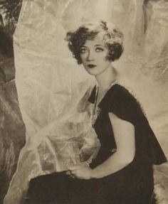 Edward Steichen, 1924, Claire Windsor (american actress).