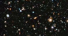Hubble Ultra Deep Field ~~ NASA, ESA, H. Teplitz and M. Rafelski/IPAC/Caltech, A. Koekemoer/STScI, R. Windhorst/Arizona State Univ., Z. Levay/STScI