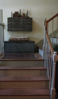 colonial/farmhouse stairwell