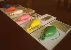 sensory balloon with matching cards. great for teaching 5 senses to preschoolers