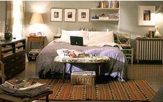 carrie bradshaw's bedroom