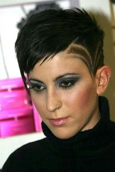 shaved designs in womans hair | Short haircut with shaved side