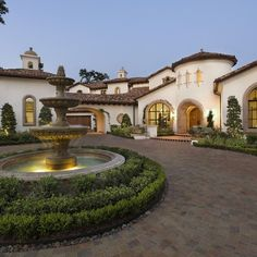 Tuscan curb appeal on pinterest driveways driveway for Half circle driveway design
