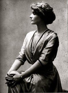 Coco Chanel - 1910