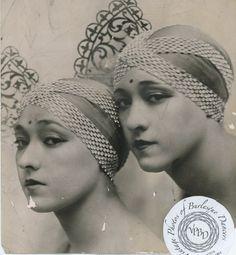 Dolly Sisters - Roszika (Rosie) and Janszieka (Jenny)photo dated 1930.