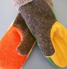 DIY ::: Make these cool color block Mittens ~ Pattern and Easy Instructions