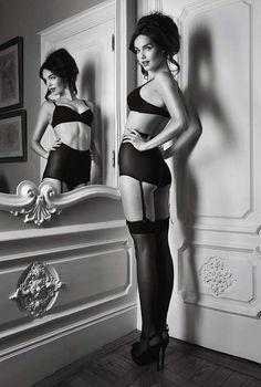 pinup style boudoir