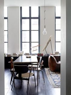 Ravishing Apartment Combines Contemporary and Vintage Styles