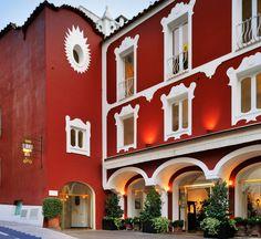The hotel   Le Sirenuse