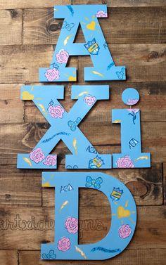 ArtXi's Lilly inspired w/ a twist... :) Alpha Xi Delta Serif IttXi Letters.