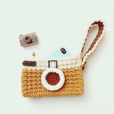 A vintage crochet camera bsg.