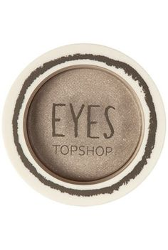 Eyes in Silver Sand - StyleSays
