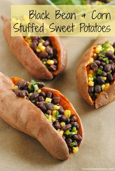 **PERFECT FOR BACK TO SCHOOL** If your lunch routine is getting boring, check out these stuffed sweet potatoes - they're healthy, filling, and easy to prepare. | foxeslovelemons.com