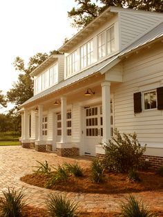 Traditional Spaces Carriage House Design, Pictures, Remodel, Decor and Ideas - page 2