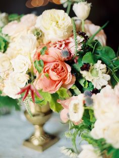Garden roses   Photo by Ashley Kelemen   Flowers by Blush Botanicals   Read more - http://www.100layercake.com/blog/?p=79005