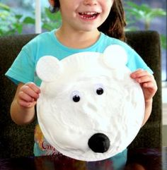 Instructions on how to make a shaving cream polar bear http://rstyle.me/n/jvvkhnyg6